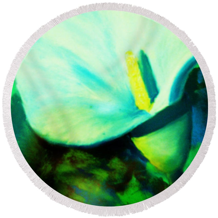 White Calla Lily Round Beach Towel featuring the painting Calla Lily by Melinda Etzold