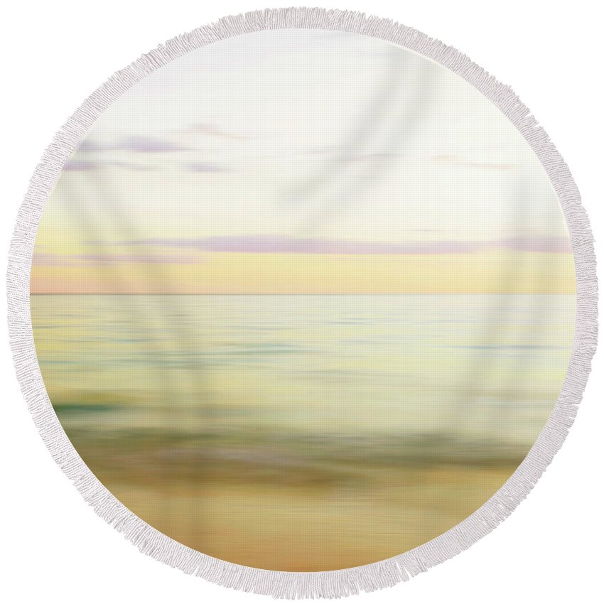 Sunset Round Beach Towel featuring the photograph Sunset At The Beach by Skip Nall