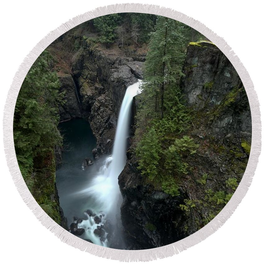 Elk Falls Round Beach Towel featuring the photograph Campbell River Rain Forest Falls by Adam Jewell