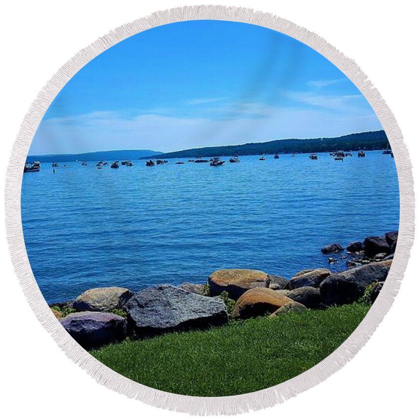 Lake Round Beach Towel featuring the photograph Canandaigua Lake by Rob Hans