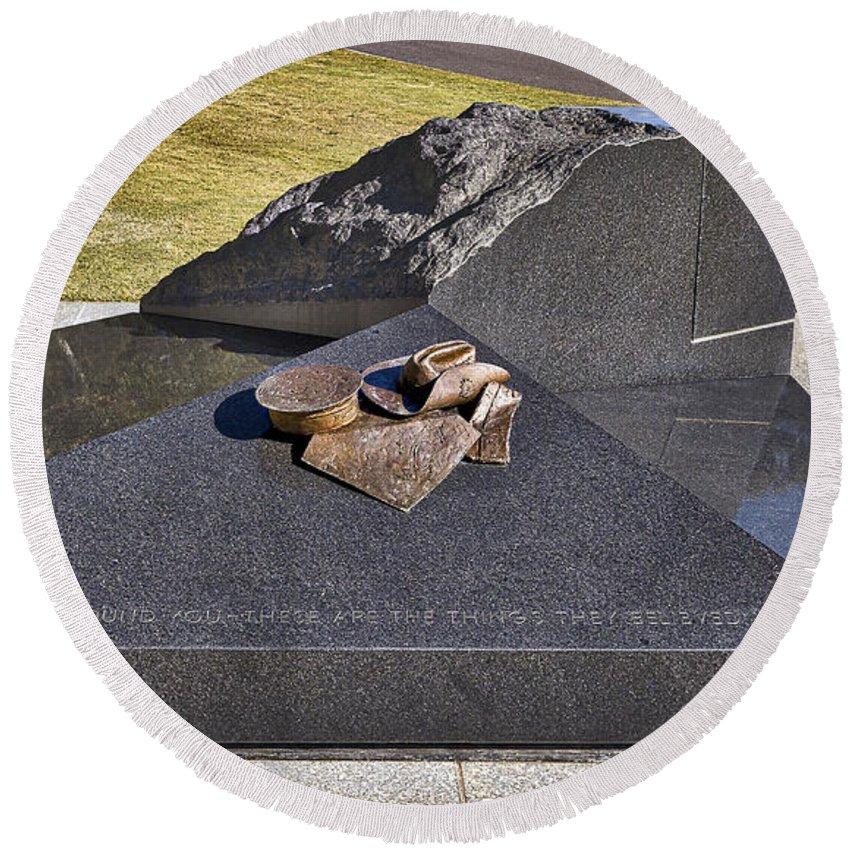 Australia Round Beach Towel featuring the photograph Canberra Veterans Statue by Steven Ralser