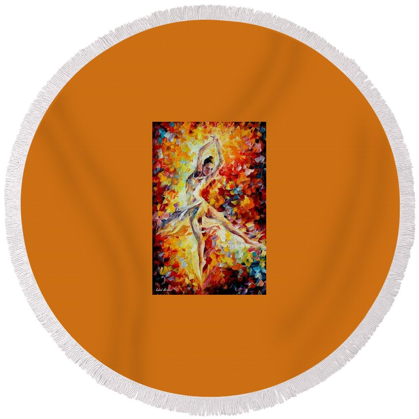 Danse Round Beach Towel featuring the painting Candle Fire by Leonid Afremov