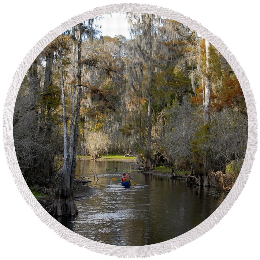 Family Round Beach Towel featuring the photograph Canoeing In Florida by David Lee Thompson