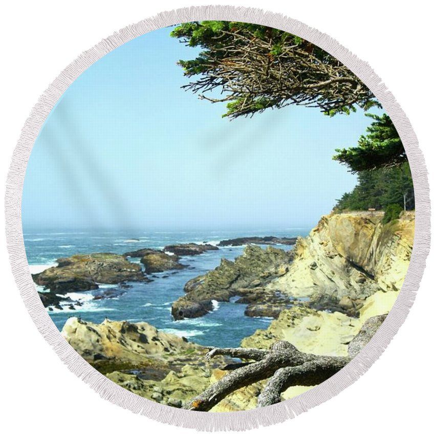 Cape Arago Round Beach Towel featuring the photograph Cape Arago, Or. by Sherri Chritton