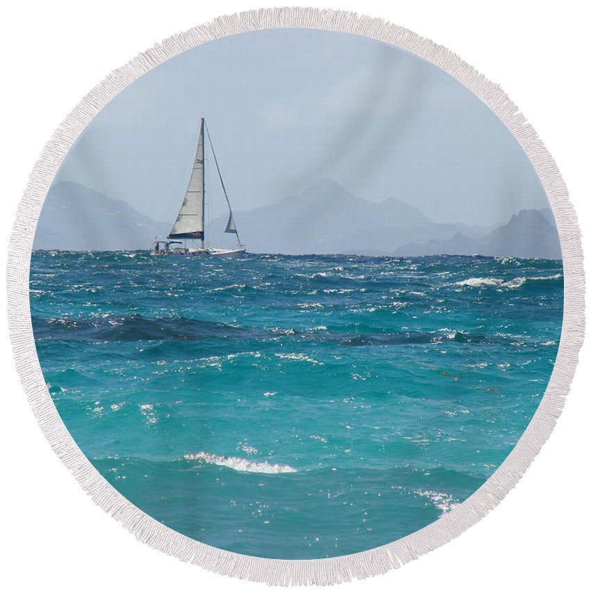 Landscape Round Beach Towel featuring the photograph Caribbean Sailing by Margaret Bobb