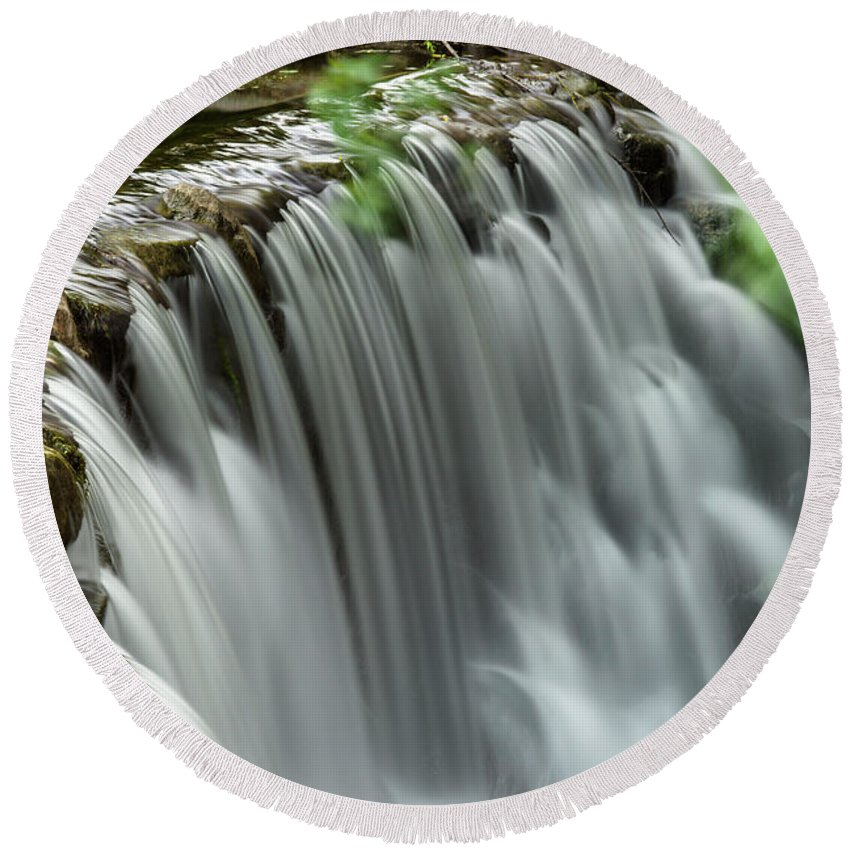 Whitnall Park Round Beach Towel featuring the photograph Cascading Water by Jonah Anderson