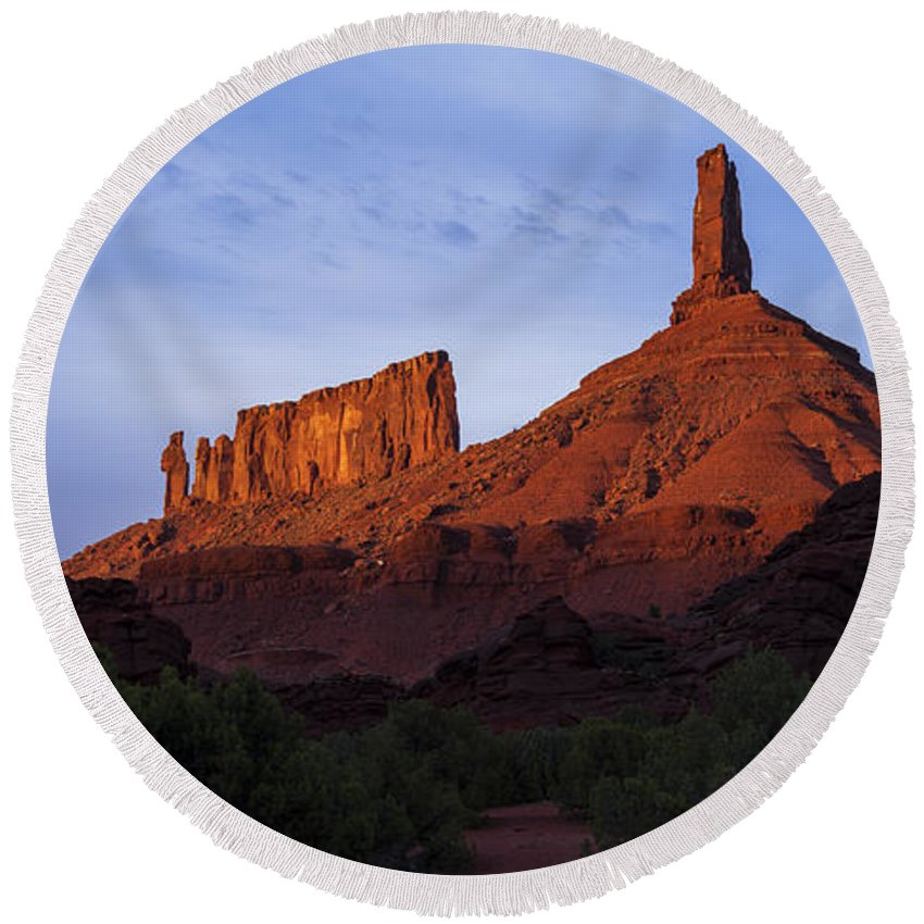 Castle Valley Round Beach Towel featuring the photograph Castle Towers by Chad Dutson