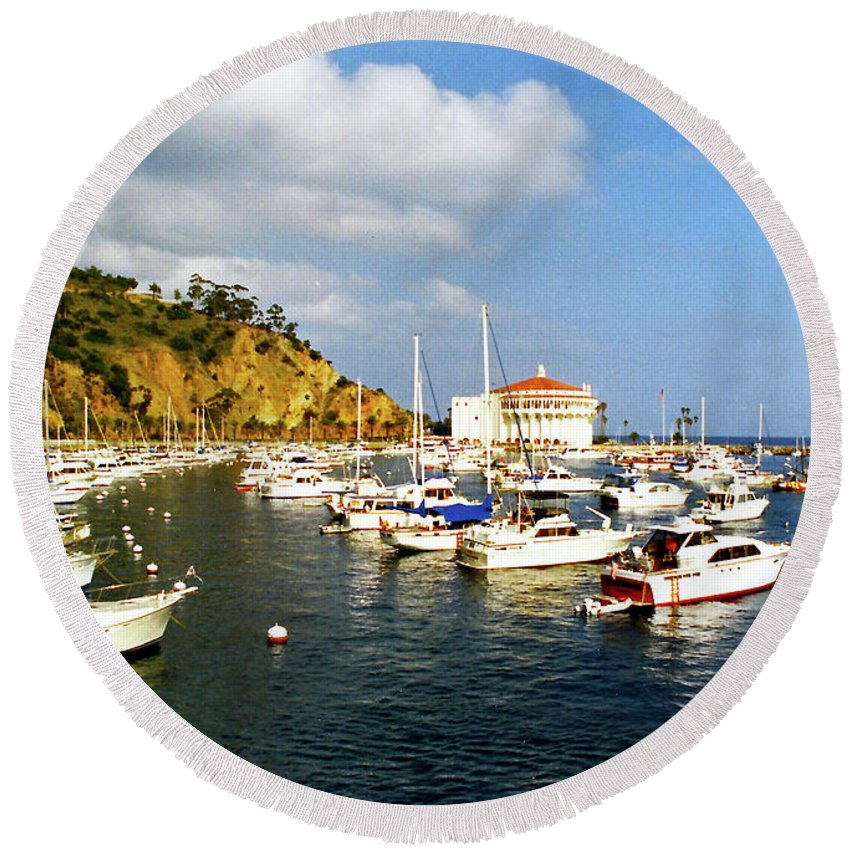 Seascape Round Beach Towel featuring the photograph Catalina Kodachrome by Floyd Snyder