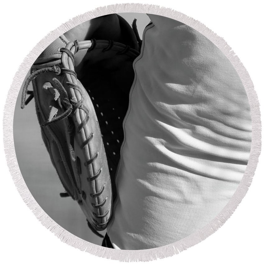 Mitt Round Beach Towel featuring the photograph Catch Please by Laddie Halupa