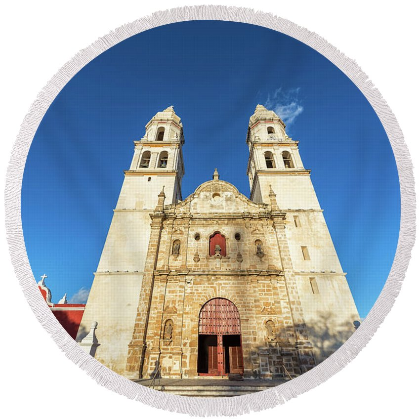 Campeche Round Beach Towel featuring the photograph Cathedral In Campeche by Jess Kraft