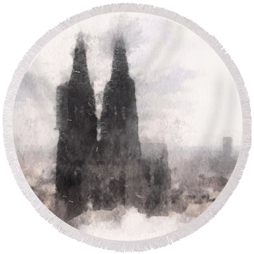 Susan Maxwell Schmidt Round Beach Towel featuring the photograph Cathedral Of Cologne by Susan Maxwell Schmidt