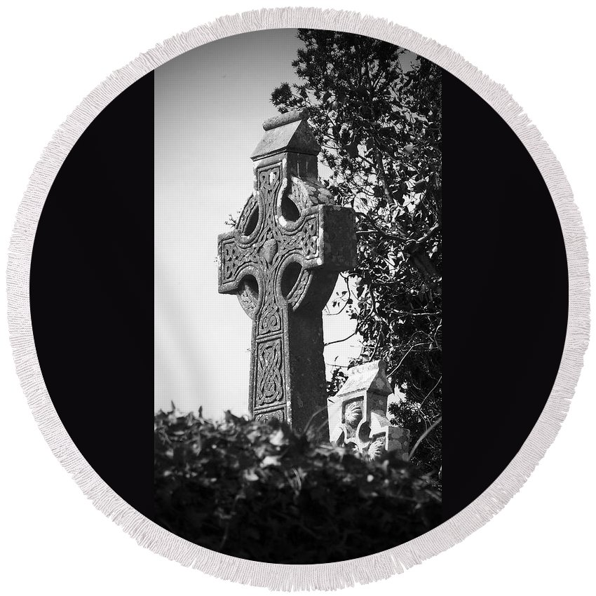 Celtic Round Beach Towel featuring the photograph Celtic Cross At Fuerty Cemetery Roscommon Ireland by Teresa Mucha