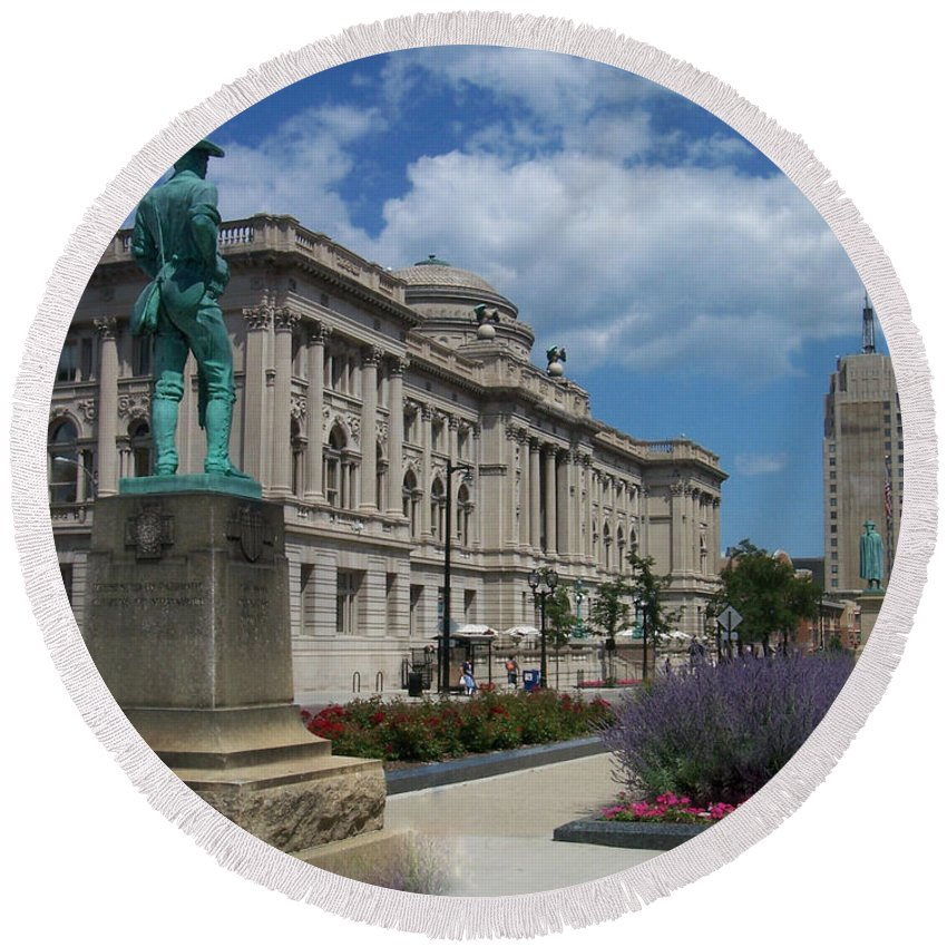 Central Library Round Beach Towel featuring the photograph Central Library Milwaukee Street View by Anita Burgermeister