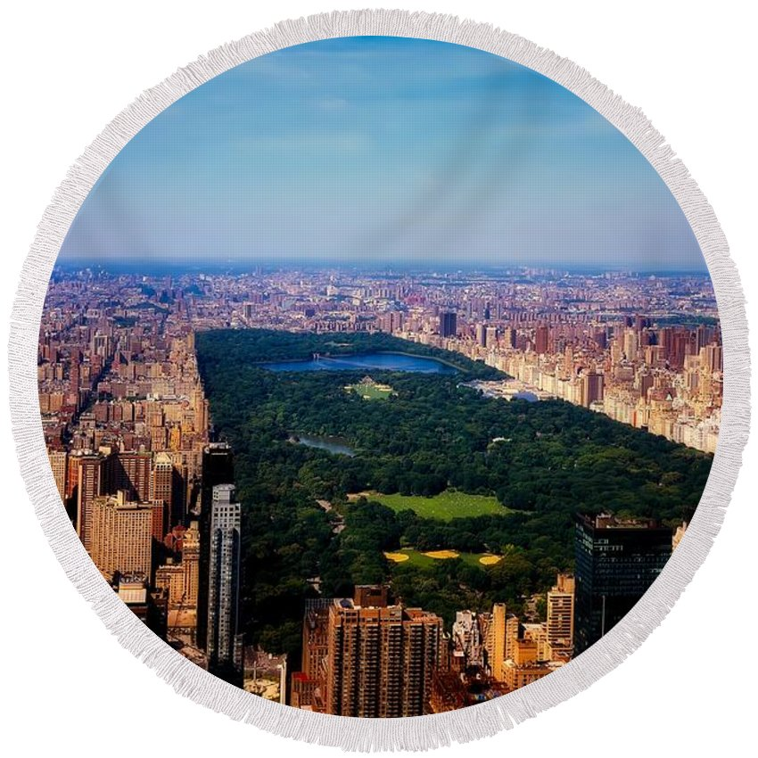 Central Park Round Beach Towel featuring the photograph Central Park by L O C