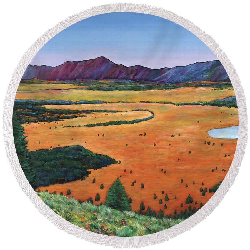 Wyoming Round Beach Towel featuring the painting Chasing Heaven by Johnathan Harris