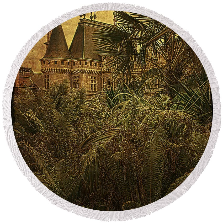 Chateau Round Beach Towel featuring the photograph Chateau In The Jungle by Chris Lord
