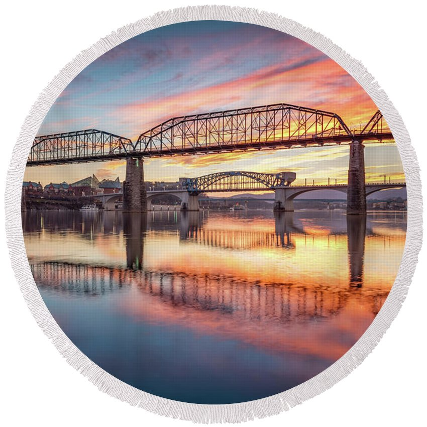Chattanooga Round Beach Towel featuring the photograph Chattanooga Sunset 5 by Steven Llorca