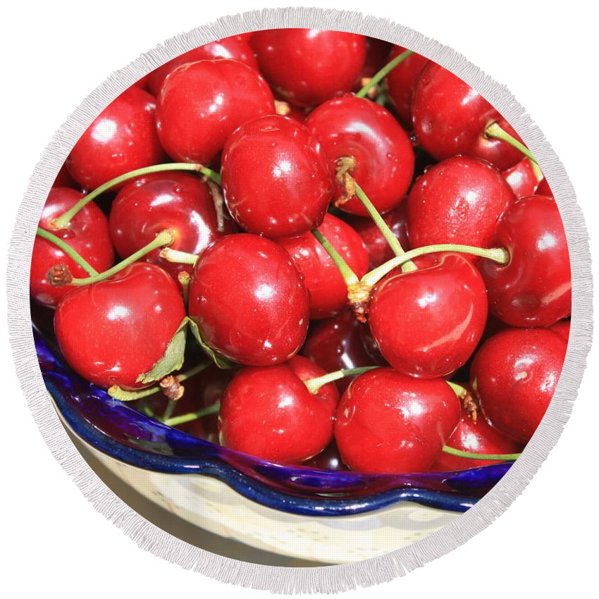 Food Round Beach Towel featuring the photograph Cherries In A Bowl Close-up by Carol Groenen