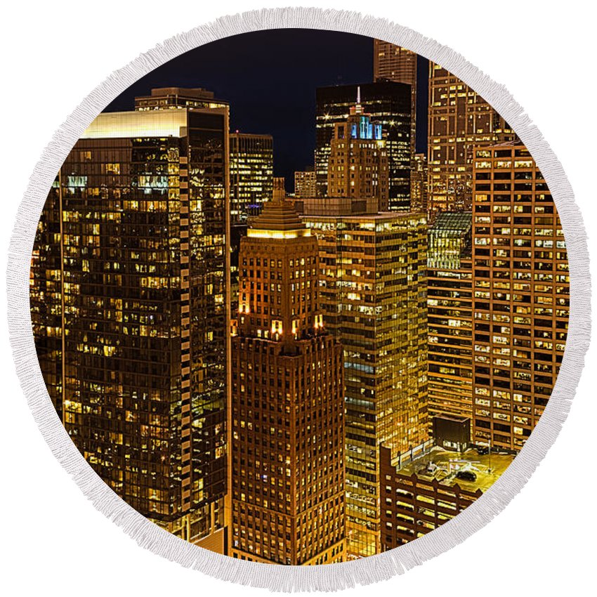 Chicago Round Beach Towel featuring the photograph Chicago At Night by Joni Eskridge