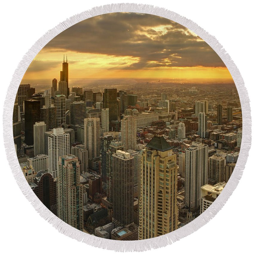 Chicago Round Beach Towel featuring the photograph Chicago Evenings 2 by Ajit Pillai