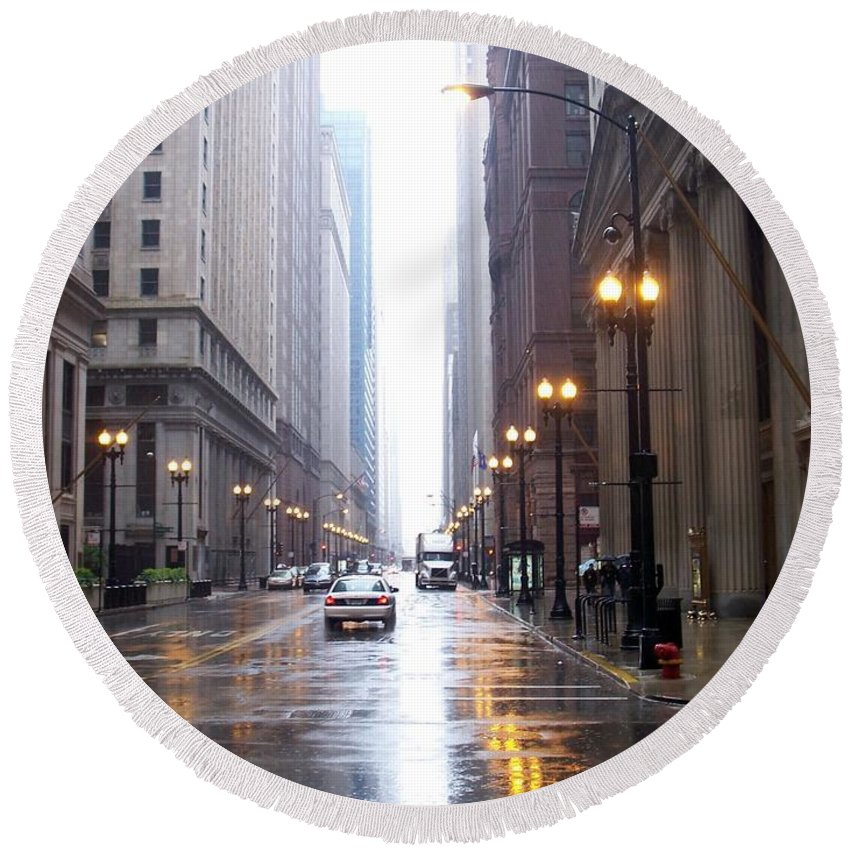 Chicago Round Beach Towel featuring the photograph Chicago In The Rain by Anita Burgermeister