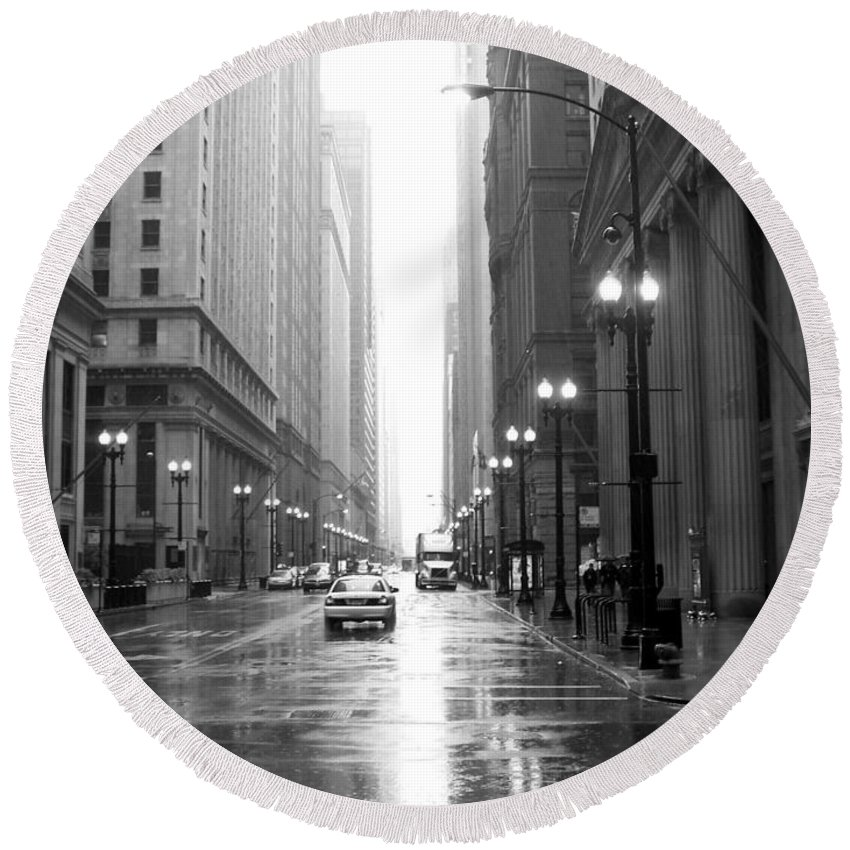 Chicago Round Beach Towel featuring the photograph Chicago In The Rain B-w by Anita Burgermeister