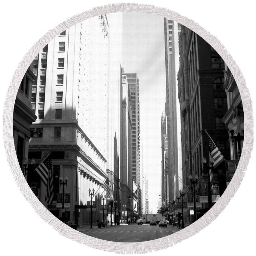Chicago Round Beach Towel featuring the photograph Chicago Street With Flags B-w by Anita Burgermeister