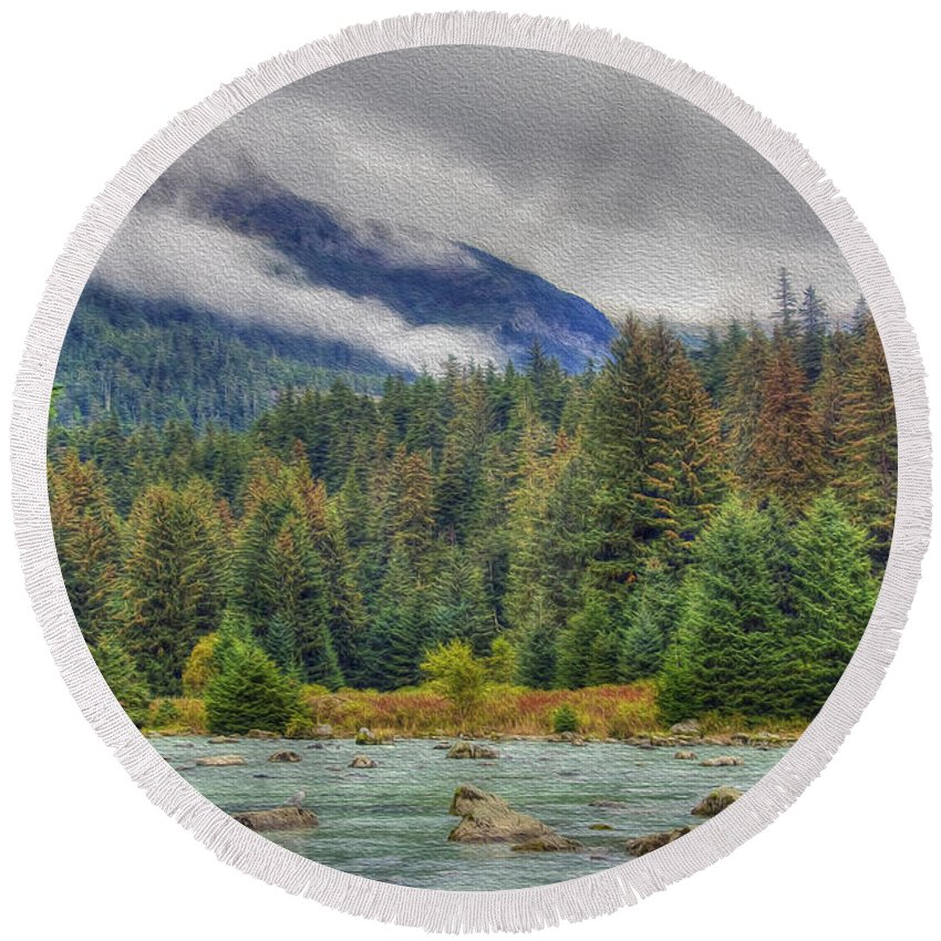 Chilkoot Round Beach Towel featuring the photograph Chillkoot River Hdr Paint by Richard J Cassato