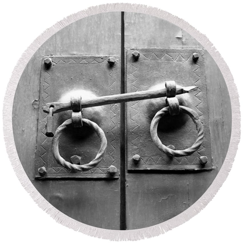 Door Round Beach Towel featuring the photograph Chinese Door And Lock - Black And White by Carol Groenen