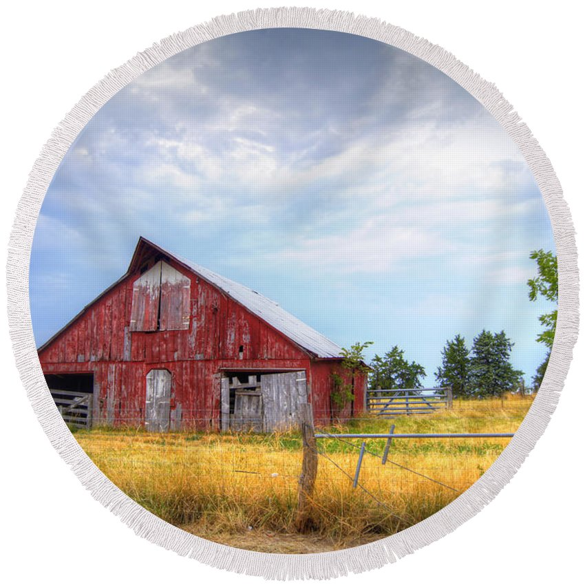 Barn Round Beach Towel featuring the photograph Christian School Road Barn by Cricket Hackmann