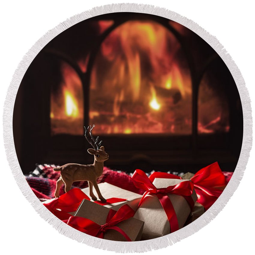 Christmas Round Beach Towel featuring the photograph Christmas Gifts By The Fireplace by Amanda Elwell