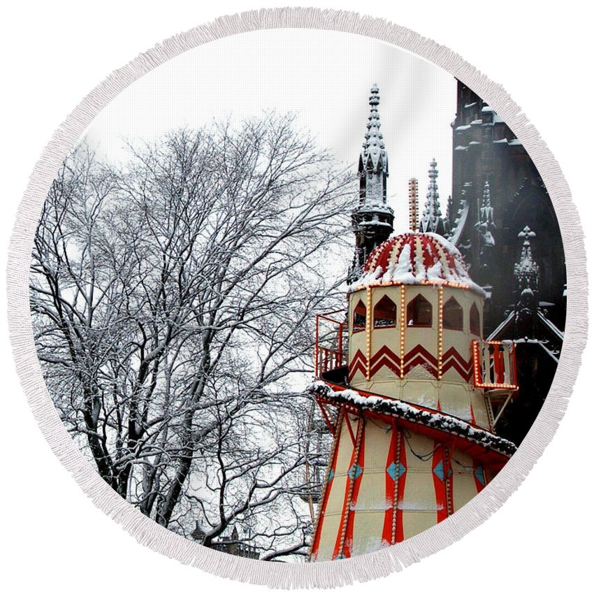 Helter Skelter Round Beach Towel featuring the photograph Christmas Helter Skelter Scotland by Heather Lennox