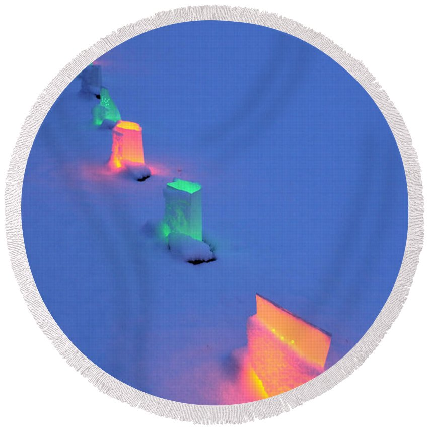 Light Round Beach Towel featuring the photograph Christmas Lights In The Snow by David Arment