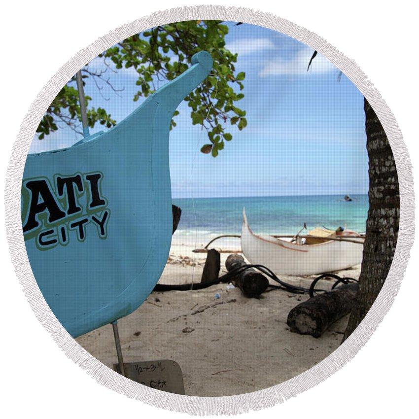Mati Round Beach Towel featuring the photograph City Beach by Jez C Self