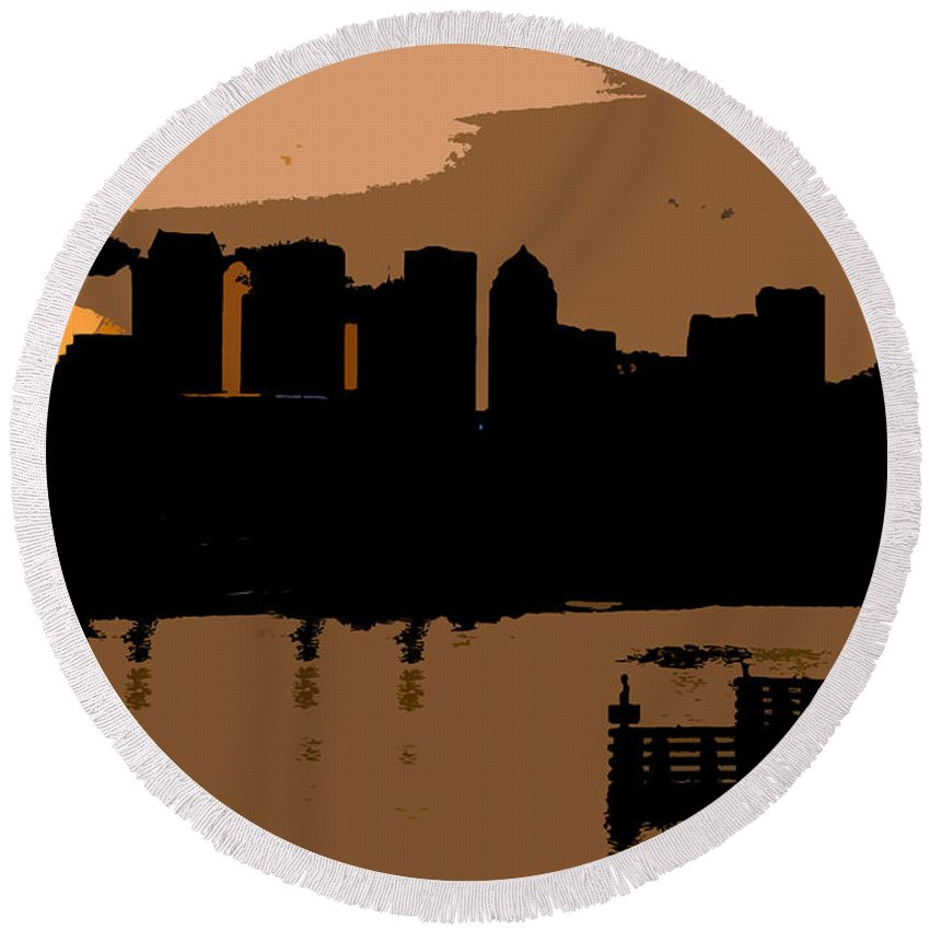 City Round Beach Towel featuring the photograph City By The Bay by David Lee Thompson