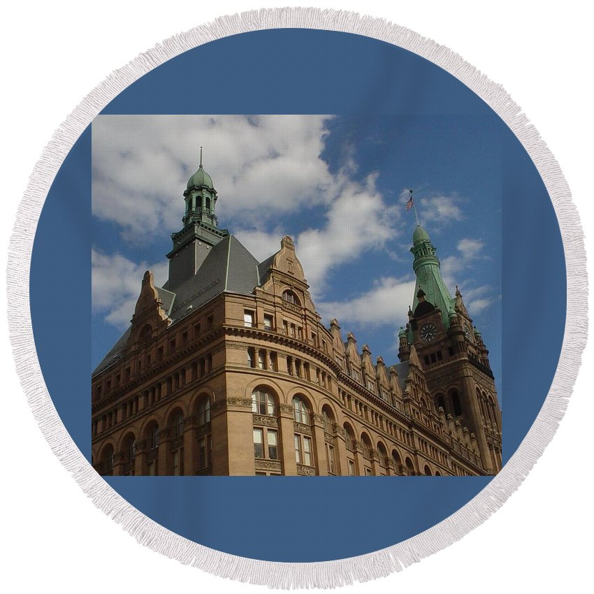 Milwaukee Round Beach Towel featuring the photograph City Hall Roof And Tower by Anita Burgermeister