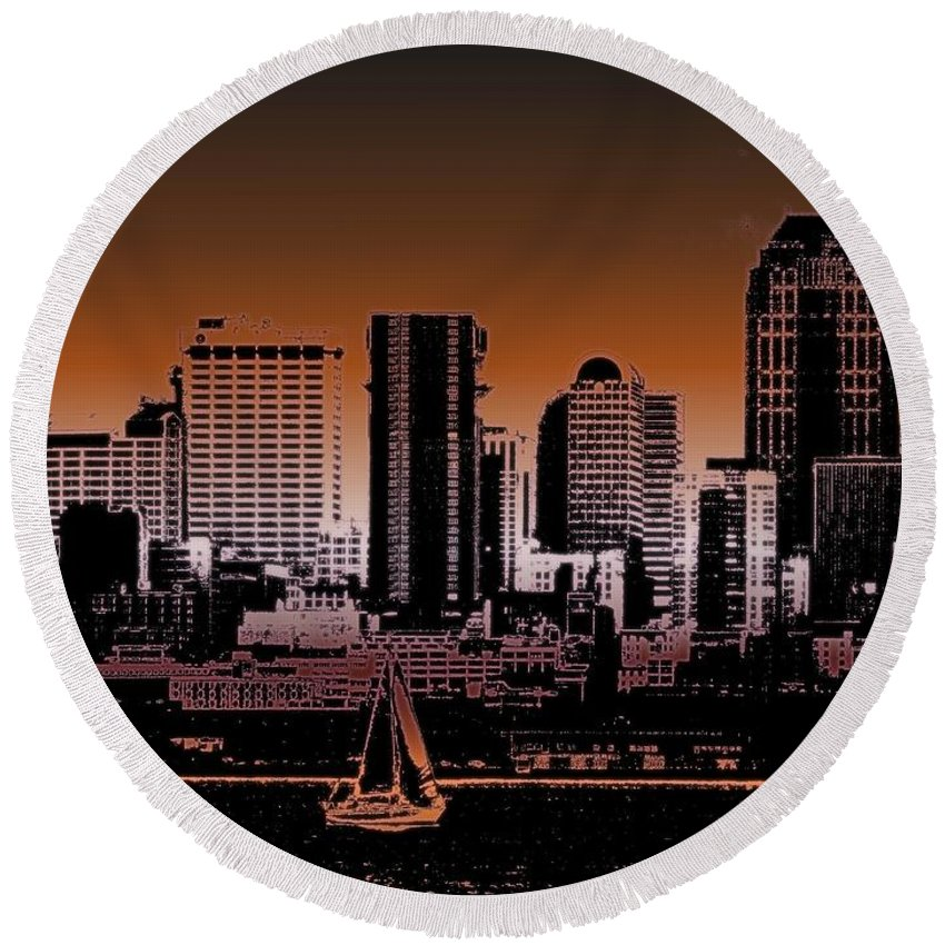 Seattle Round Beach Towel featuring the photograph City Sailin 2 by Tim Allen