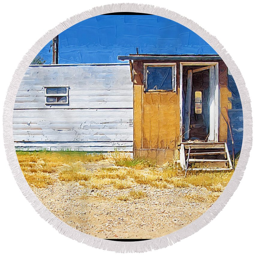 Window Round Beach Towel featuring the photograph Classic Trailer by Susan Kinney
