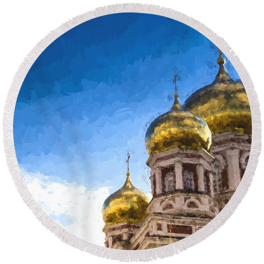 Intercession Cathedral Round Beach Towel featuring the photograph Intercession Cathedral In Saratov Russia by John Williams