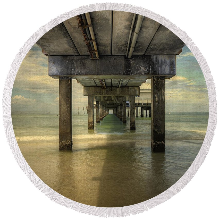 Clearwater Beach Round Beach Towel featuring the photograph Clearwater Pier by David B Kawchak Custom Classic Photography