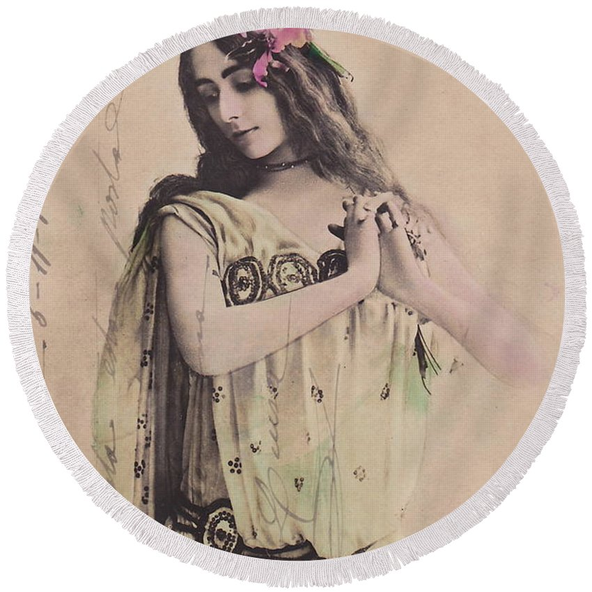 Cleo Round Beach Towel featuring the photograph Cleo De Merode by Reutlingers