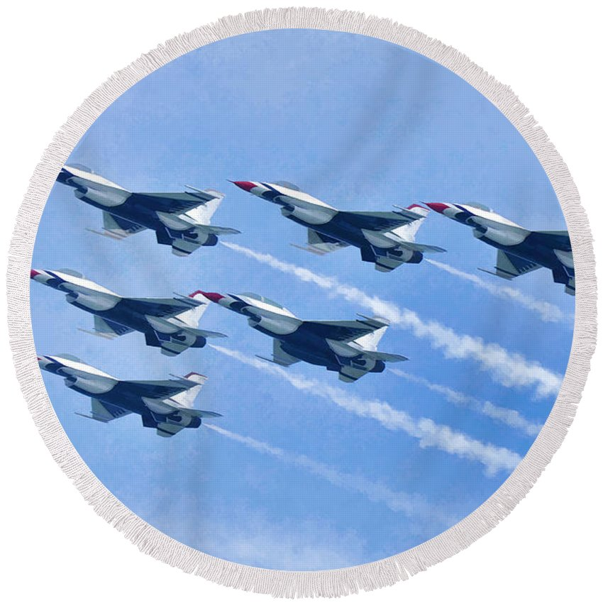 Photographer In North Ridgeville Round Beach Towel featuring the photograph Cleveland National Air Show - Air Force Thunderbirds - 1 by Mark Madere
