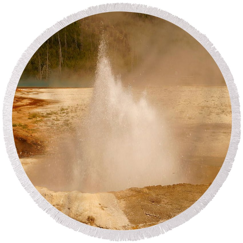 Cliff Geyser Round Beach Towel featuring the photograph Cliff Geyser by Beth Collins