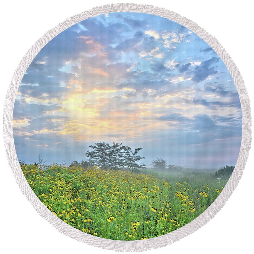 Meadow Round Beach Towel featuring the photograph Cloud Filled Morning 2 by Bonfire Photography