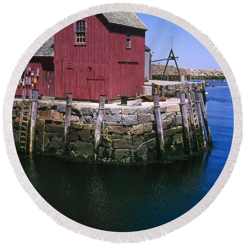 Landscape New England Rockport Motif Number 1 Round Beach Towel featuring the photograph Cnrf0506 by Henry Butz