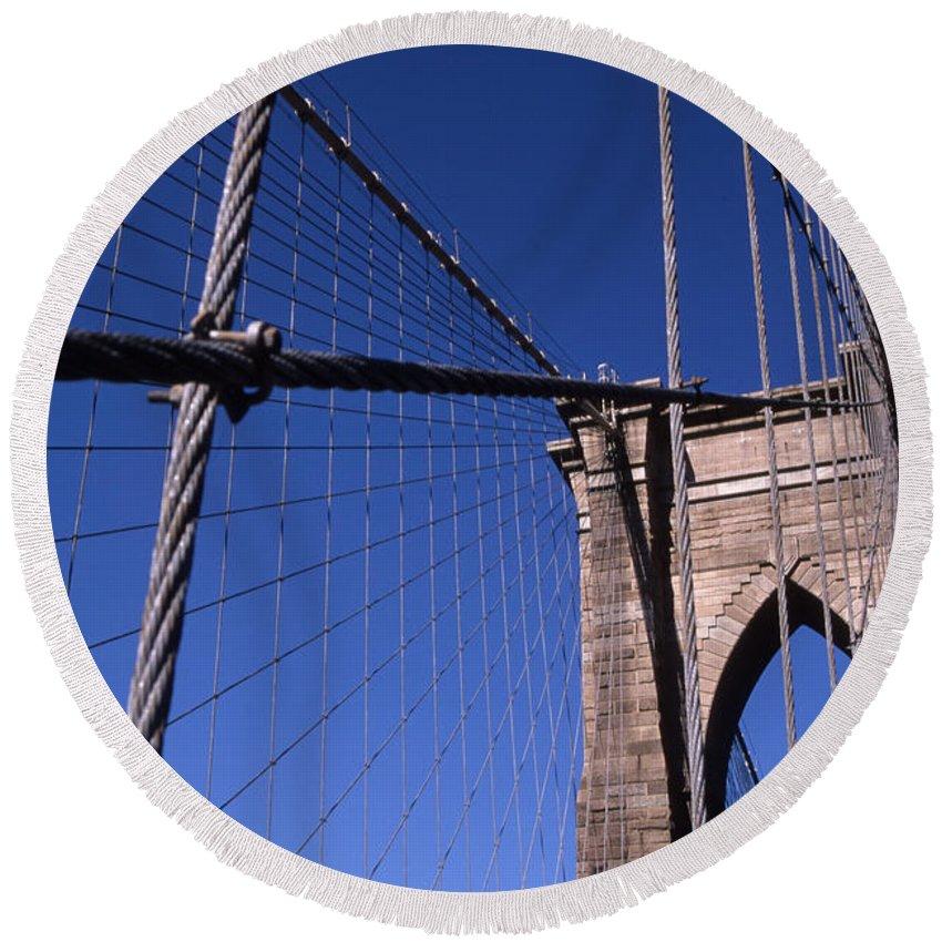 Landscape Brooklyn Bridge New York City Round Beach Towel featuring the photograph Cnrg0405 by Henry Butz