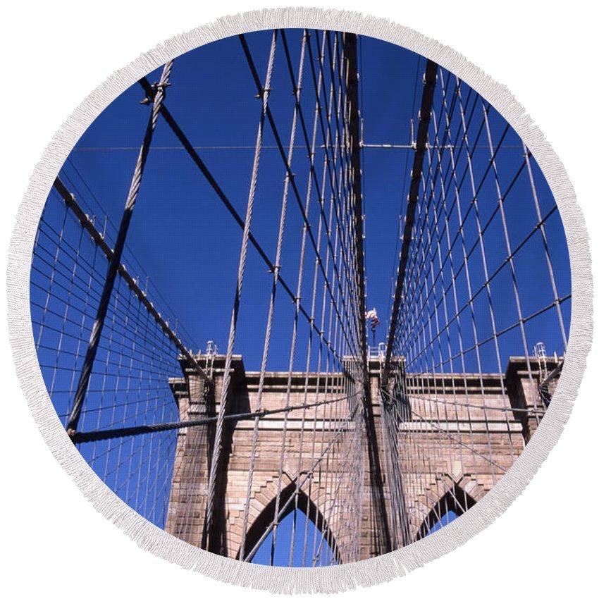 Landscape Brooklyn Bridge New York City Round Beach Towel featuring the photograph Cnrg0407 by Henry Butz