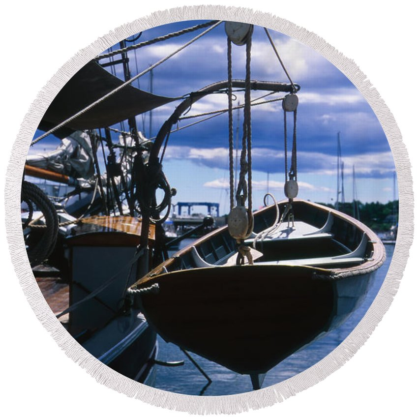 Landscape Camden Harbor Maine Sail Boat Harbor Nautical Round Beach Towel featuring the photograph Cnrh0601 by Henry Butz