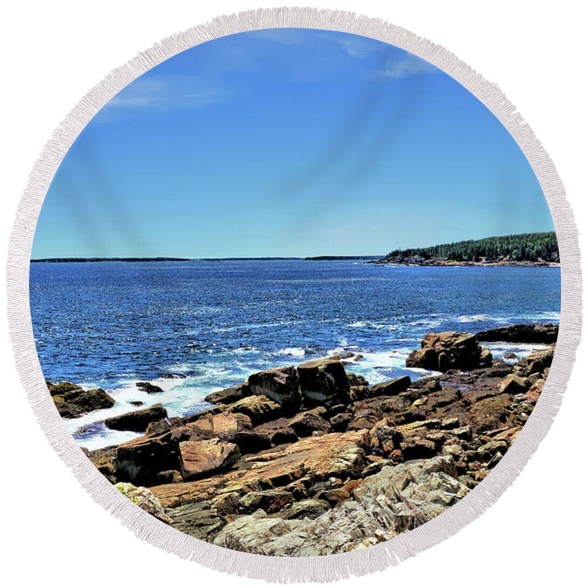 Water Round Beach Towel featuring the photograph Coastline At Otter Point 5 by John Trommer