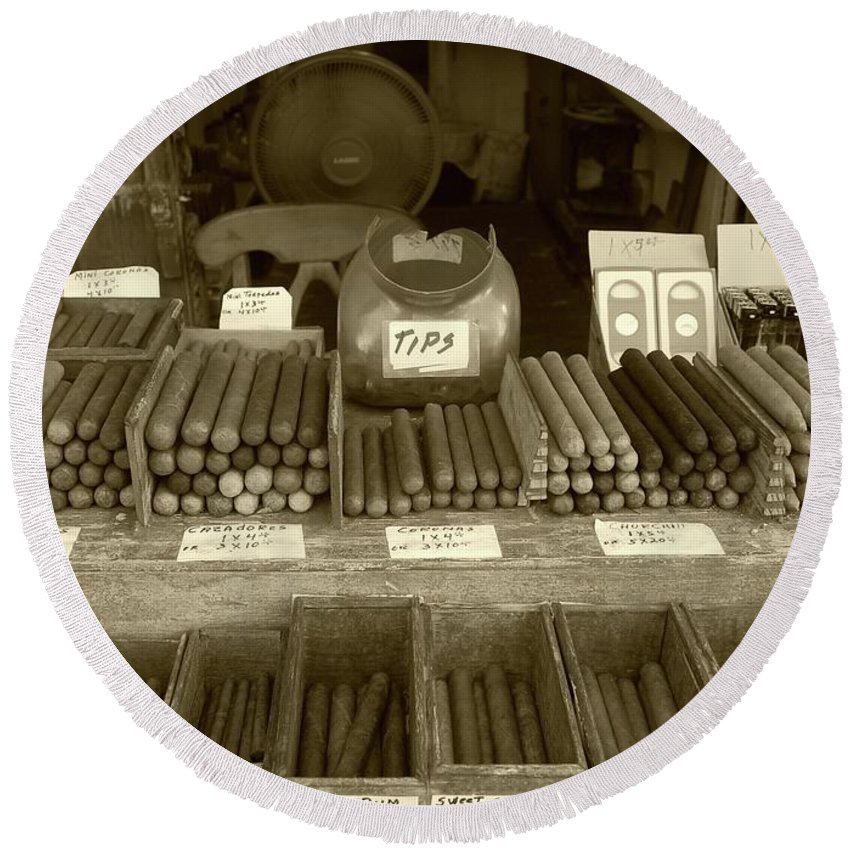 Cigar Round Beach Towel featuring the photograph Cohiba by Debbi Granruth